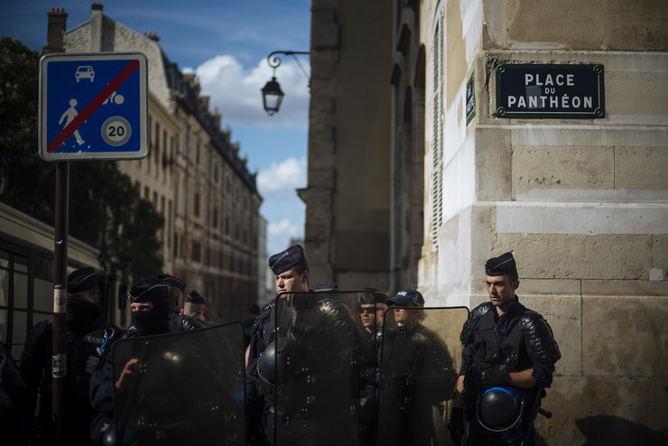 Pariz protest foto Tanjug AP