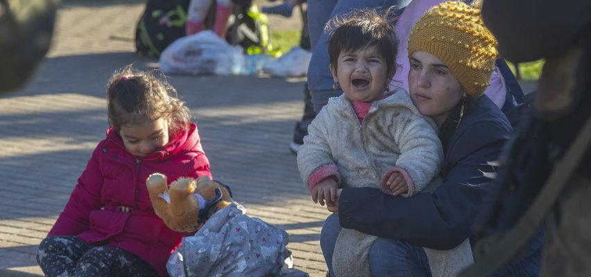 """Gdzie są dzieci z Michałowa? Oburzająca odpowiedź straży granicznej: """"Po co pani ta informacja?"""""""