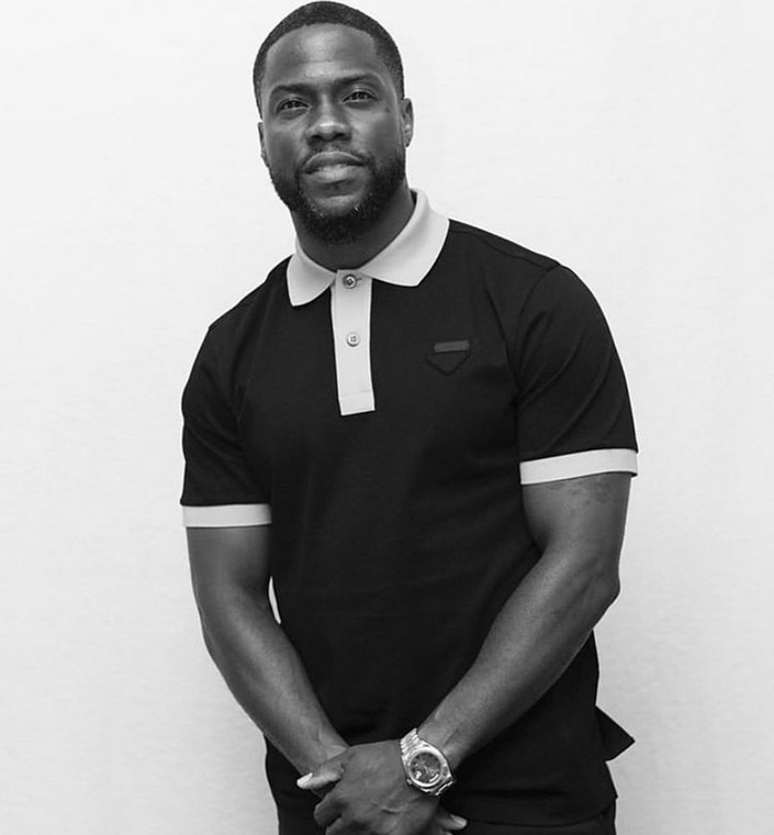 It also reports that minutes after the accident, two of the occupants were trapped in the car while the driver and Kevin Hart were able to get out of the car to seek medical help from a nearby resident.[Instagram/KevinHart4Real]