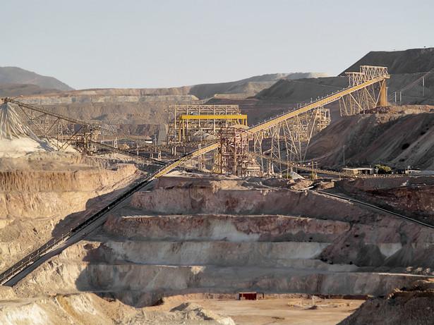 Robotnicy w indonezyjskiej kopalni miedzi Grasberg, należącej do koncernu Freeport-McMoRan Inc., planują rozpoczęcie protestu w maju jako wyrazu sprzeciwu wobec planowanych zwolnień pracowników.