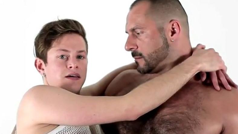 bliźniacze lesbijskie filmy erotyczne