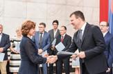 22062018- Igor Mirovic urucivanje ugovora ZDRAVSTVO-14