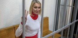 Została skazana za ściągnięcie kominiarki milicjantowi. Dostała 2,5 roku więzienia