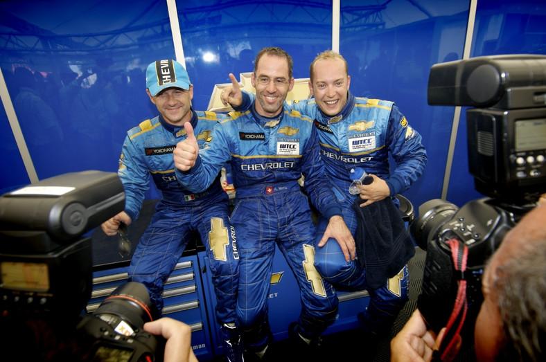 Za kierownicą tych trzech wyścigówek będą walczyć panowie - od lewej Nicola Larini, Alain Menu i Rob Huff