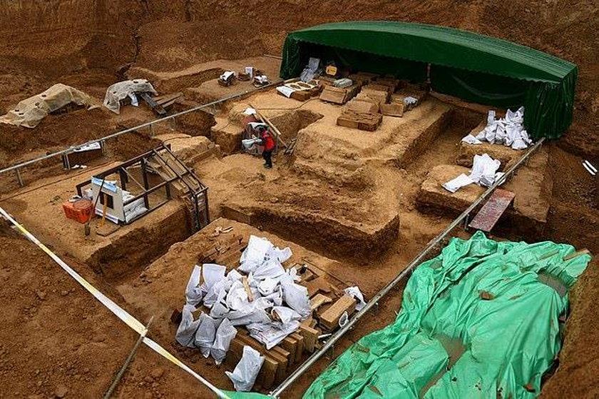 Eliksir odnaleziono podczas prac wykopaliskowych w mieście Luoyang we wschodnich Chinach.