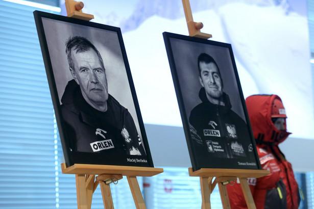 Zdjęcia Tomasza Kowalskiego i Macieja Berbeki, którzy zginęli zdobywając Broad Peak