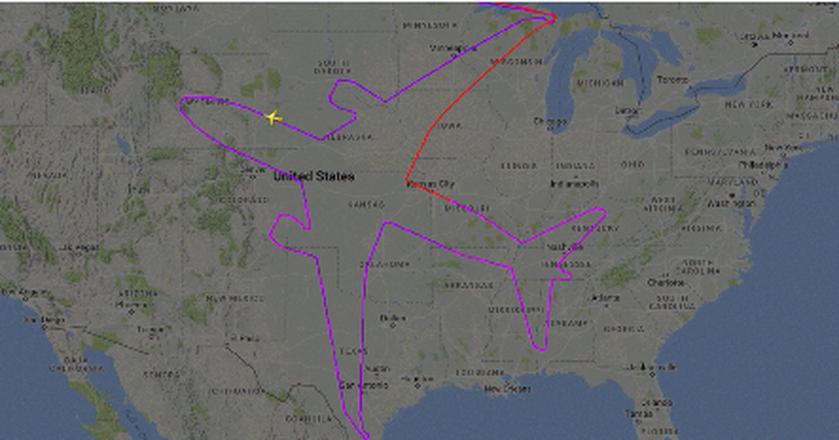 Zamiast latać w kółko, piloci doświadczalni Boeinga podeszli do 18-godzinnego lotu kreatywnie. Narysowali kontur Dreamlinera nad USA
