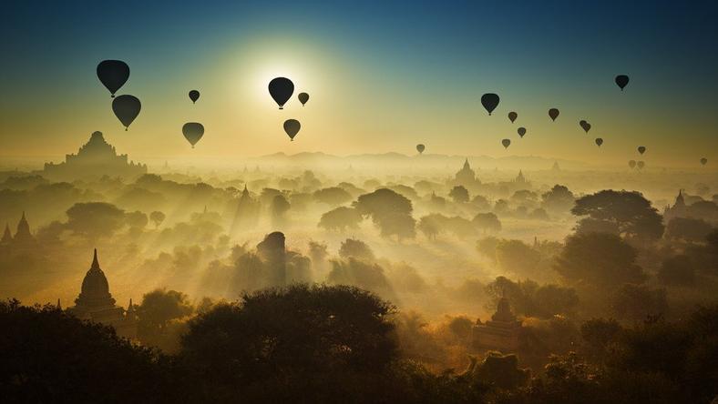 Balony w Birmie