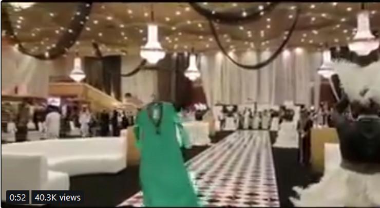 modna revija saudijska arabija