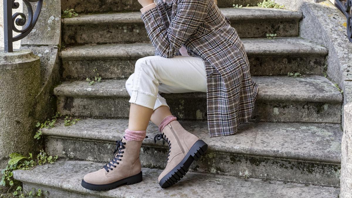 Cipő divat 2021: ezek a lábbelik hódítanak idén ősszel
