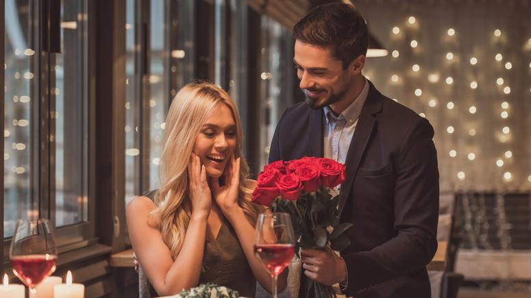 Wierszyk Na Walentynki Wierszyki Na Kartkę Walentynkową