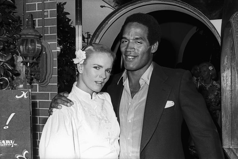 Nicole Brown i O.J. Simpson w klubie The Daisy