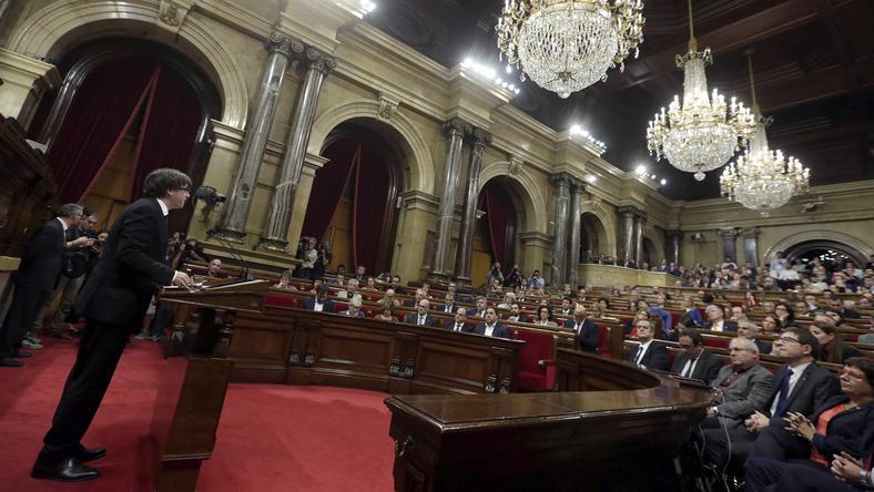 Carles Puigdemont w parlamencie katalońskim