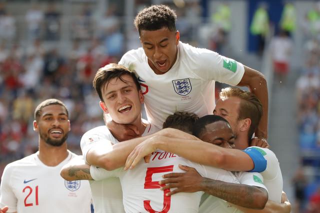 Englezi su sa taktikom 3-5-2 ostvarili dve pobede i jedan poraz u grupnoj fazi