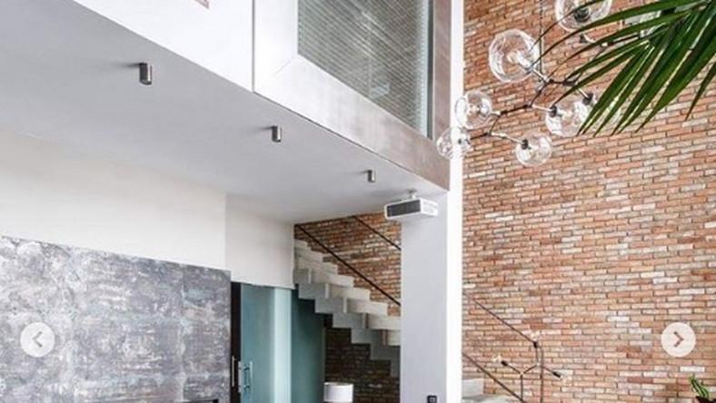 """""""New York penthouse"""" to 140-metrowy loft na warszawskim Mokotowie."""