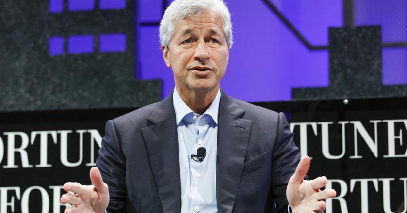 """""""Bitcoin to oszustwo"""" - stwierdził Jamie Dimon, CEO banku JPMorgan"""