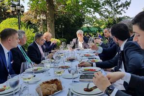 Trampov čovek i lobista srpskim biznismenima delio savete i otkrio nekoliko TAJNI AMERIČKOG PREDSEDNIKA