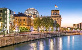 Po wydarzeniach na Kapitolu berlińska policja wzmacnia ochronę Bundestagu