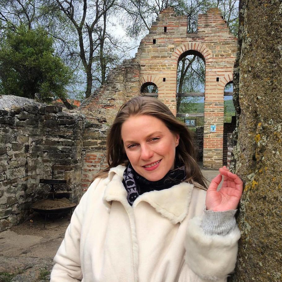 Ana Sakic upoznali smo je u seriji 'selo gori a baba se češlja