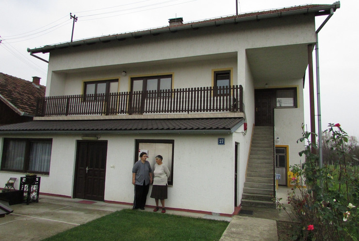Staracki dom u Kozincima