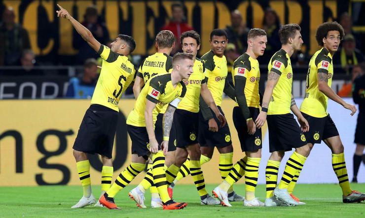 FK Dortmund, FK Nirnberg