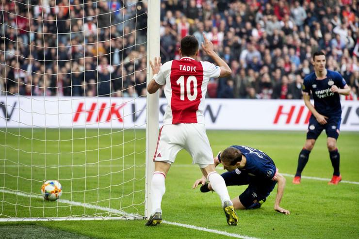 FK Ajaks, FK PSV
