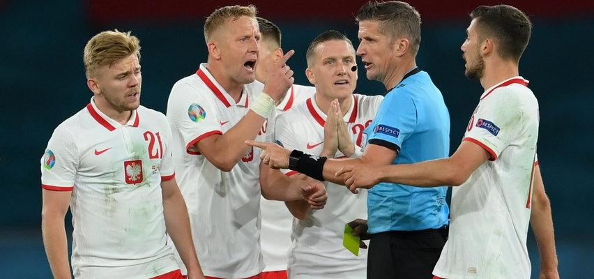 Arbiter się przestraszył?! Sędziowie meczu Polaków podejmowali dziwne decyzje