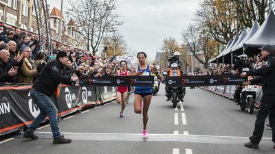 Niesamowity bieg Letesenbet Gidey w Walencji. Etiopka pobiła rekord świata w półmaratonie!