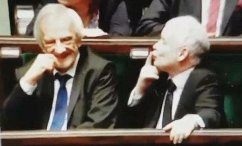 Jarosław Kaczyński przesyłał buziaki