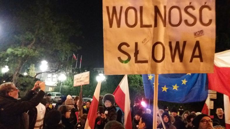 Protest przed Sejmem RP
