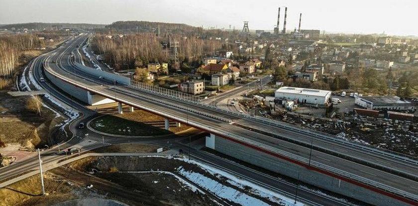 Kierowcy czekająna otwarcie drogi Racibórz-Pszczyna