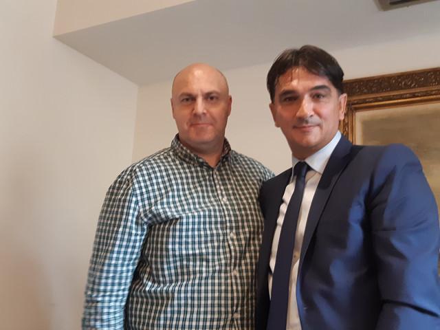 """Zlatko Dalić sa urednikom sportske rubrike """"Blica"""" Igorom Velimirovićem"""