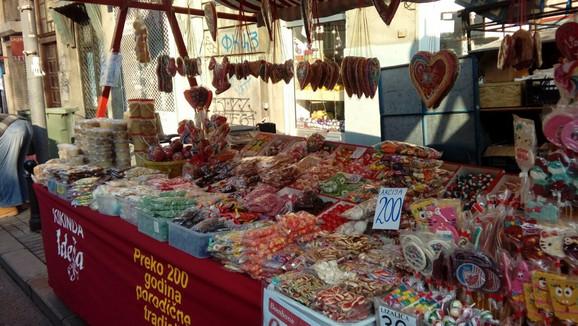 Tezge sa slatkišima