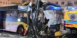 Przerażający wypadek autobusu w centrum Warszawy. Są ranni!