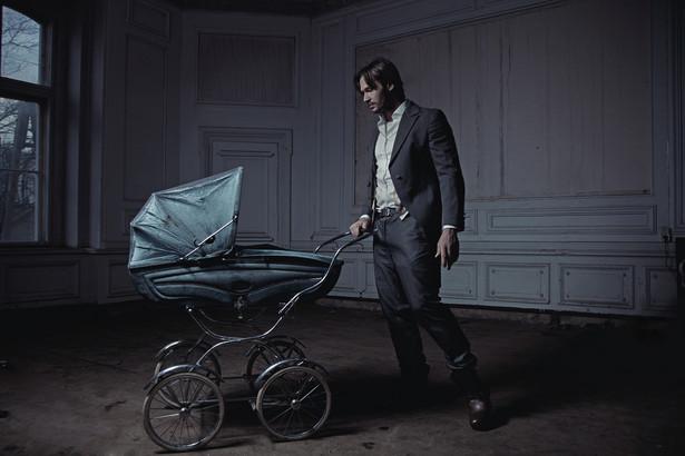 Nie jest możliwe ustalenie ojcostwa przez innego mężczyznę, gdy aktualne pozostaje domniemanie ojcostwa męża matki.