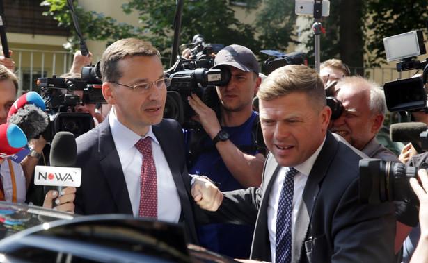 """Morawiecki wyraził również nadzieję, że nowe propozycje ustaw, które zapowiedział prezydent Andrzej Duda, """"wezmą pod uwagę potrzebę prawdziwych personalnych i proceduralnych zmian w organach"""" objętych planami reform."""