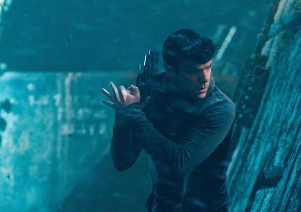 """Zachary Quinto w filmie """"Star Trek Into Darkness"""""""