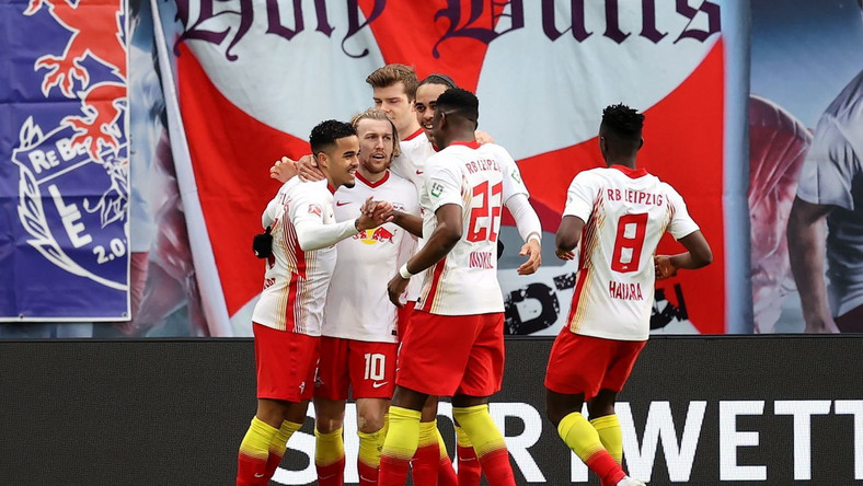 Piłkarze RB Lipsk w meczu z Eintrachtem Frankfurt Dostawca: PAP/EPA.