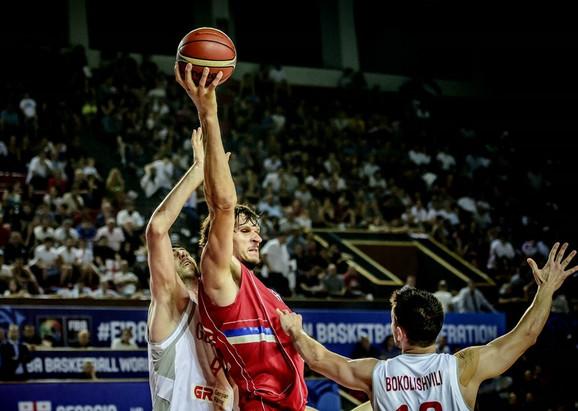 Boban Marjanović se poigravao sa protivnicima