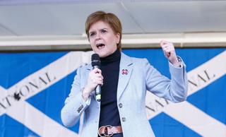 Sturgeon: Niepodległa Szkocja w krótkim czasie może wejść do UE