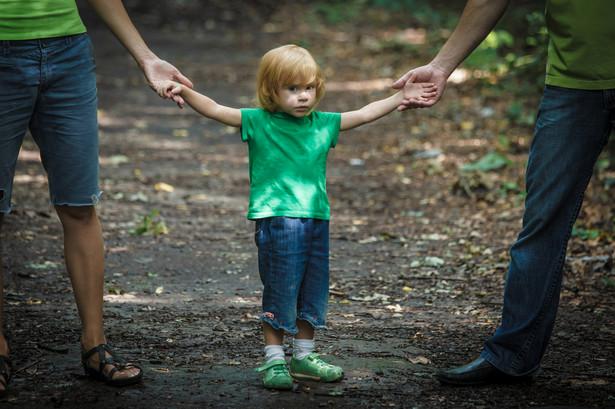 Szczególnie trudne jest zaradzenie przypadkom tzw. porwań rodzicielskich.
