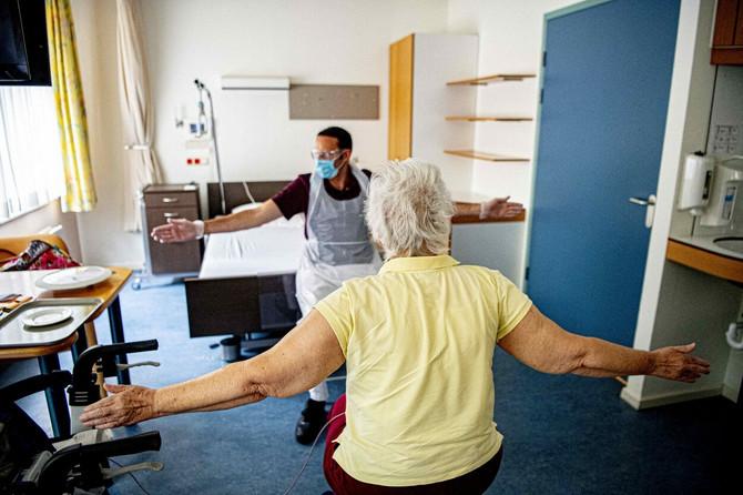 Naš pulmolog savetuje da pacijenti sa koronom rade vežbe za jačanje pluća