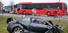 Piłkarz wjechał w bus z dziećmi. Zabił...