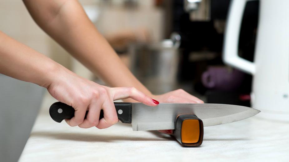 Jak i czym naostrzyć nóż?
