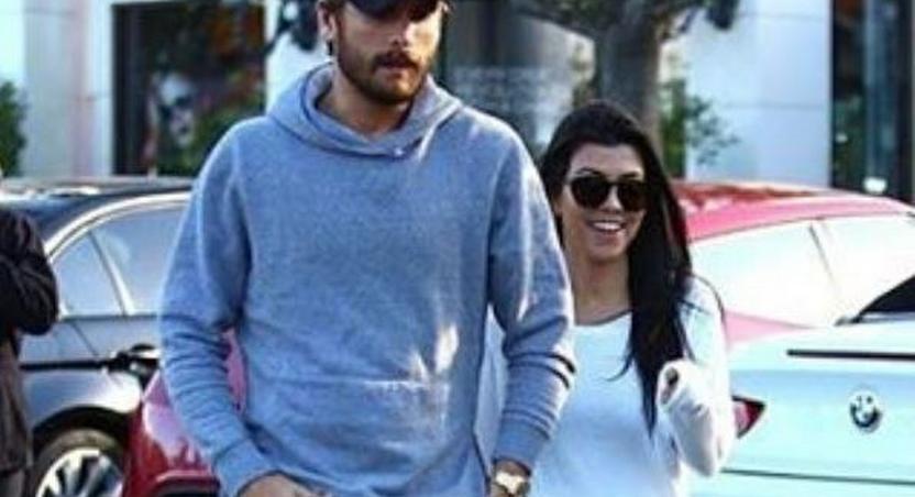 Scott Disck, Kourtney Kardashian have lunch together in Calabasas