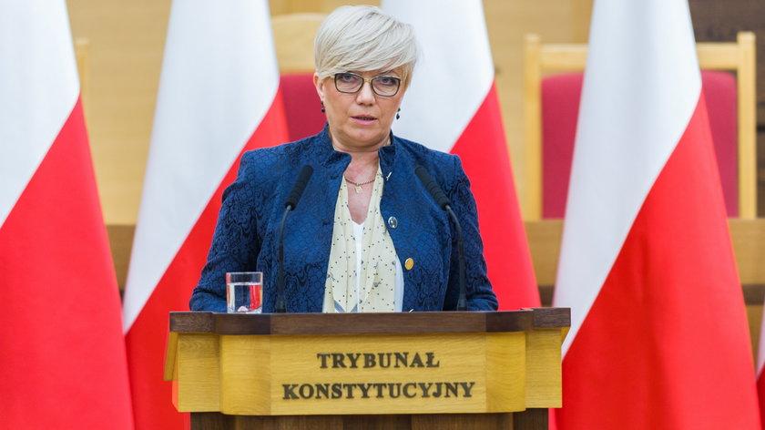 24 marca Trybunał Konstytucyjny miał ogłosić wyrok w sprawie przepisów wprowadzających co do zasady zakaz handlu w niedziele – taka informacja wisiałana stronie TK.