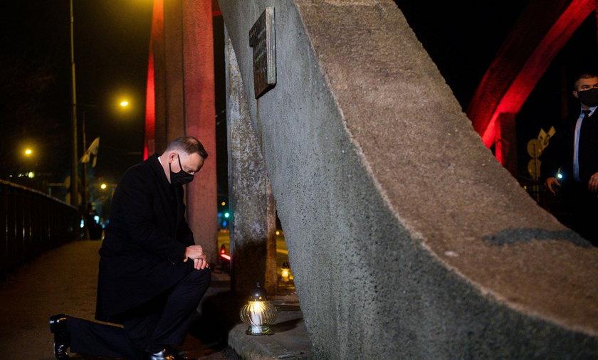 Andrzej Duda składa hołd pomordowanym w wydarzeniach Grudnia'70.