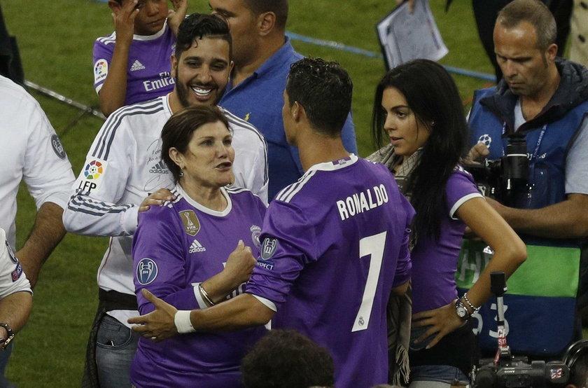 Cristiano Ronaldo znów ojcem! Surogatka urodziła mu bliźniaki