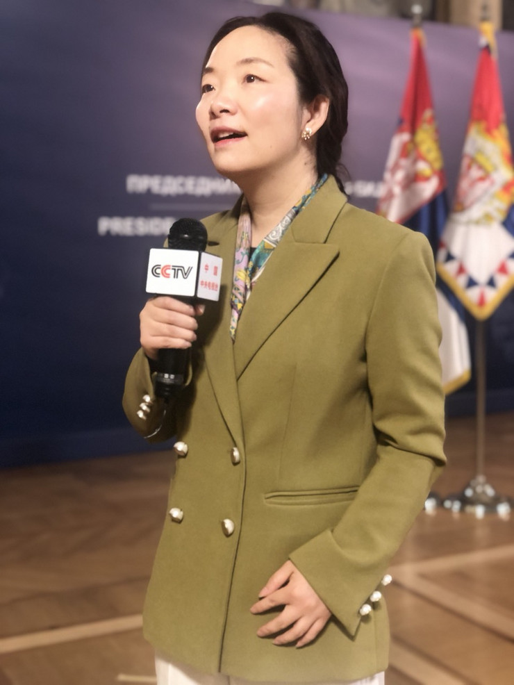 Jing Zhang, CCTV, Kineska novinarka