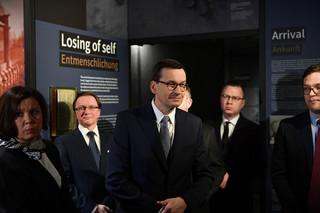 Morawiecki w Berlinie: Sprzeciwmy się negowaniu i zniekształcaniu historii Holokaustu